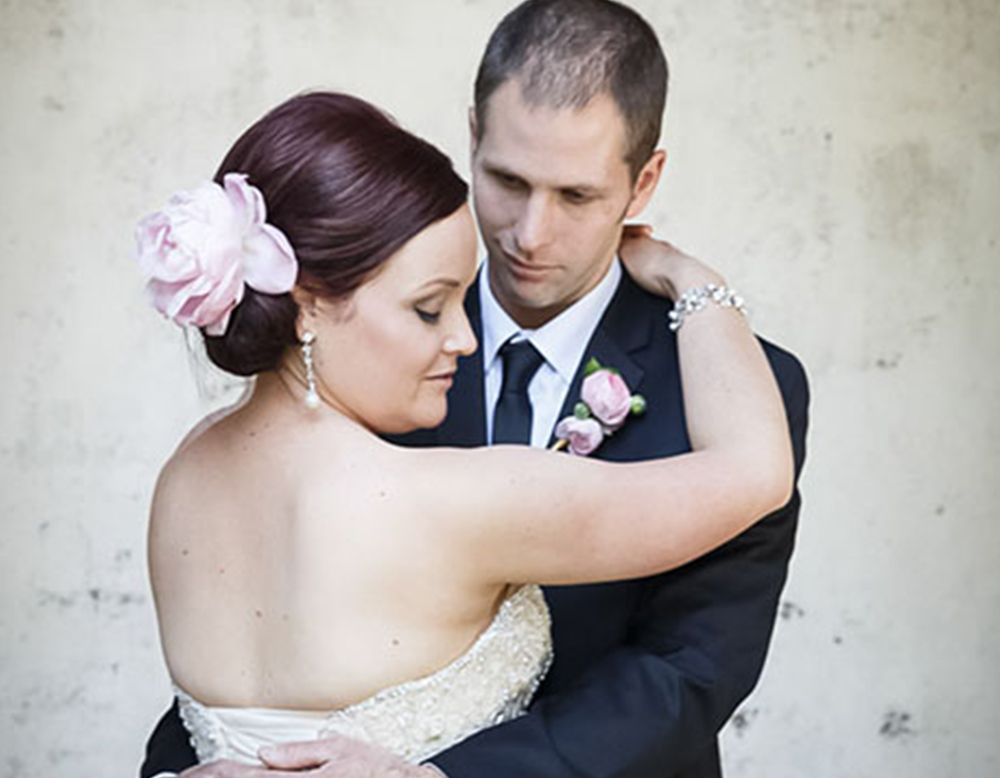 Couple_Posing_Wedding_Photography_Mel_Waite